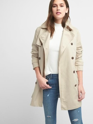 Classic trench coat $79.95 thestylecure.com