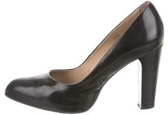 Tod's Patent Leather Pointed-Toe Pumps