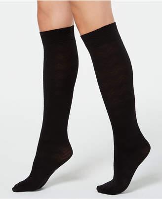 Hue Chevron-Texture Knee High Socks