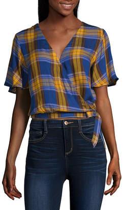 Arizona Womens V Neck Short Sleeve Wrap Shirt Juniors