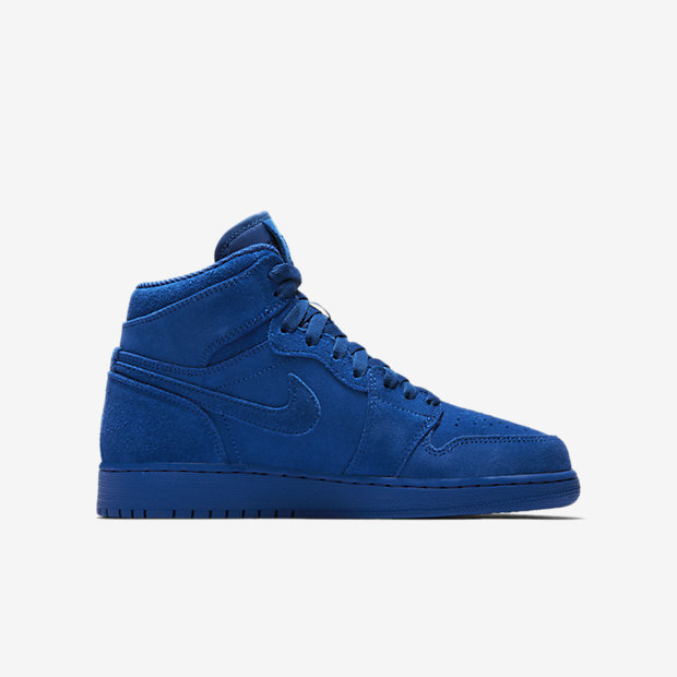 Air Jordan 1 Retro High Big Kids' Shoe 6