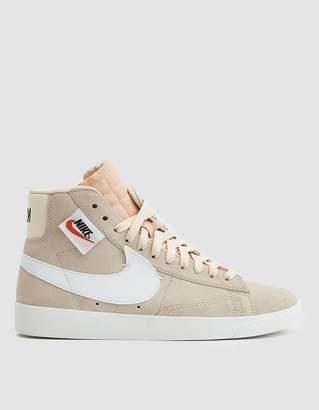 Nike W Blazer Mid Rebel Sneaker in Guava Ice