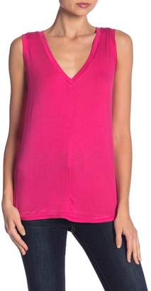 Bobeau Seamed V-Neck Tank