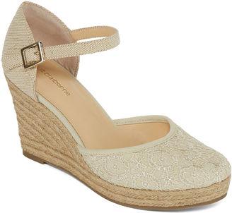 LIZ CLAIBORNE Liz Claiborne Mabel Espadrille Wedge Sandals $60 thestylecure.com