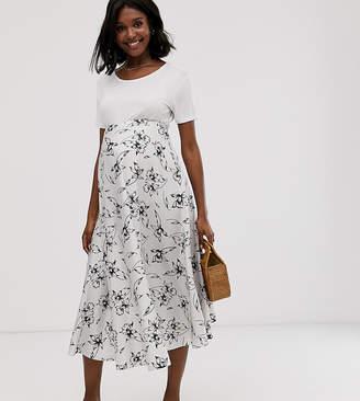 267816aa7915 Asos DESIGN Maternity fluted hem midi skirt in floral print