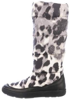 Moncler Down Puffer Knee-High Boots Grey Down Puffer Knee-High Boots