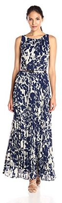 Jessica Howard Women's Floral Pleated Maxi $99 thestylecure.com
