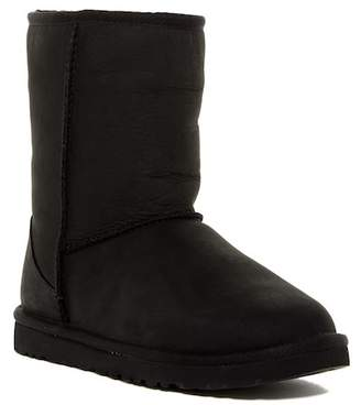 UGG Australia Classic Short Leather UGGpure(TM) Lined Boot $175 thestylecure.com