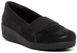Easy Spirit Kaleo Slip-On Clog $79 thestylecure.com