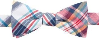 Chaps Men's Patterned Linen-Blend Pre-Tied Bow Tie