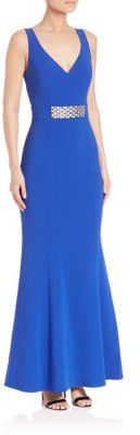 Laundry by Shelli Segal PLATINUM Halloway Stretch Crepe Gown $625 thestylecure.com