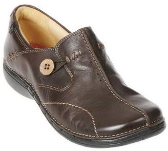 7af803b0c1b Clarks Leather Slip-on Shoes - Un.Loop