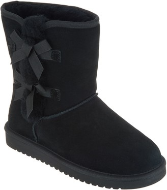 Koolaburra By Ugg by UGG Suede Bow Short Boots - Victoria