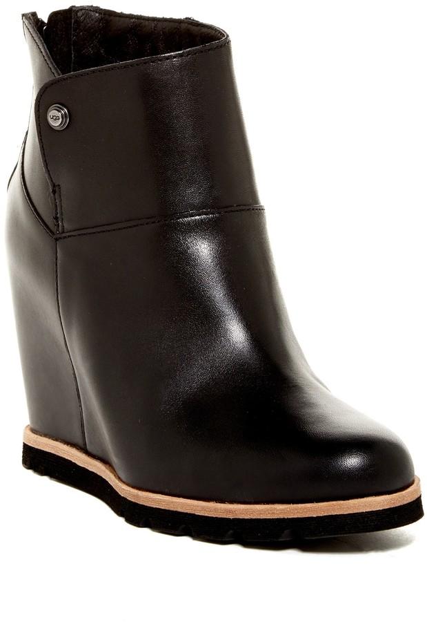 UGGUGG Australia Amal Genuine Shearling Lined Wedge Boot