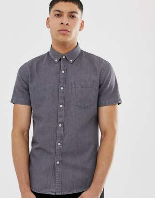 New Look regular fit short sleeve denim shirt in gray wash