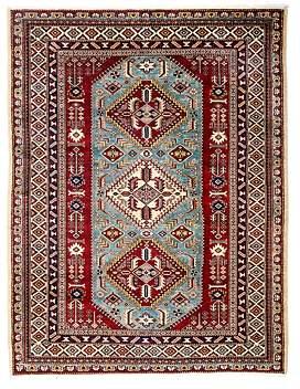 Shirvan Area Rug, 5'2 x 6'7