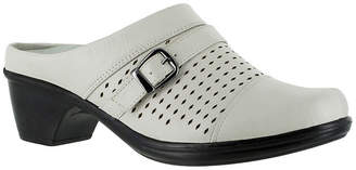 Easy Street Shoes Cleveland Womens Slip-On Shoes-Wide