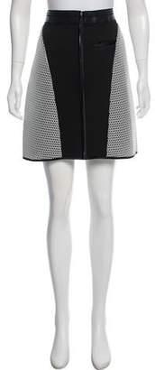 Ohne Titel Knee-Length Zip-Up Skirt