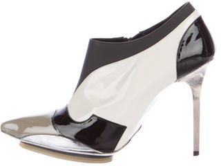 Balenciaga  Balenciaga Patent Leather Pointed-Toe Booties