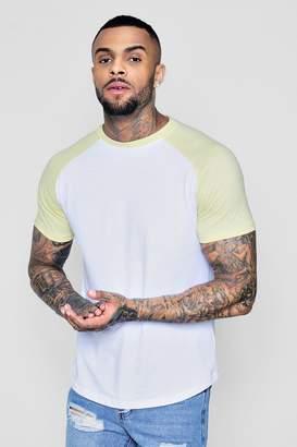 boohoo Short Sleeve Raglan Contrast Curve Hem T-Shirt