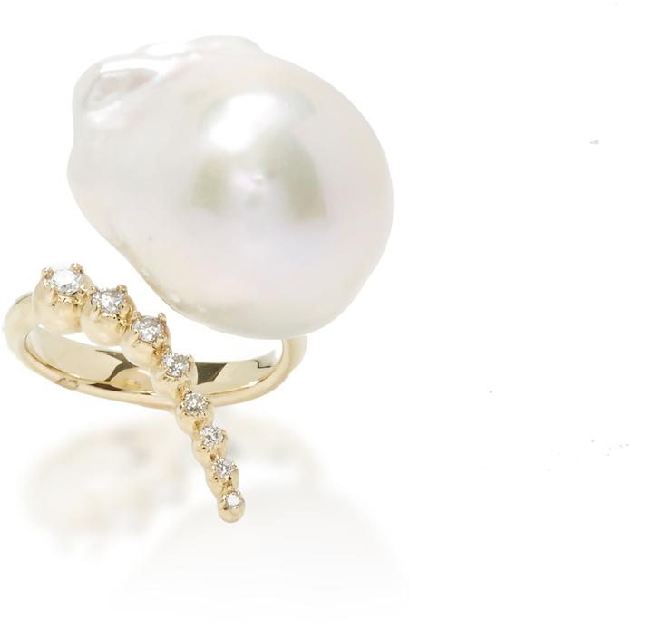 MizukiMizuki Graduated Curved Diamonds and Pearl Ring
