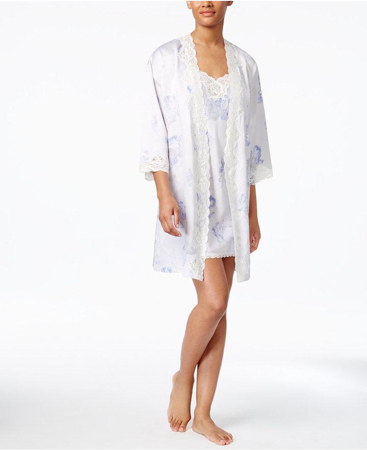 Lauren Ralph LaurenLauren Ralph Lauren Lace-Trimmed Printed Satin Wrap Robe