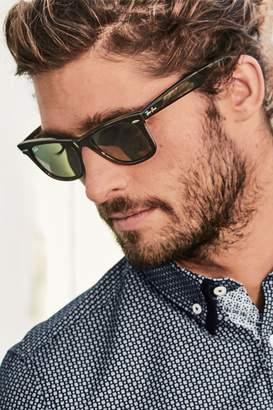 Mens Wayfarer Sunglasses - Brown