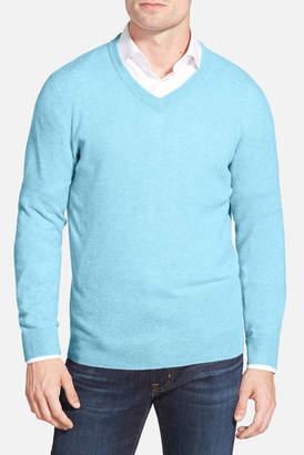 Nordstrom Cashmere V-Neck Sweater (Regular & Tall) $145 thestylecure.com