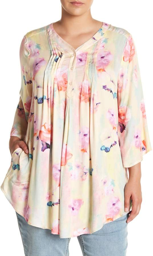 Floral Shirttail Blouse (Plus Size)
