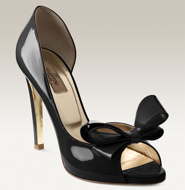 Valentino Bow Detailed Patent Leather d'Orsay Pump