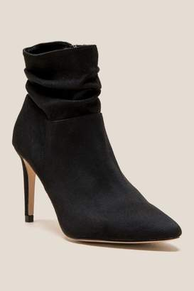 XOXO Taniah Slouchy Ankle Boot - Black