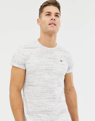 Hollister curved hem icon logo t-shirt in white marl