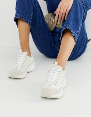 Skechers D'Lite chunky trainers in white