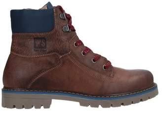 WALK SAFARI Ankle boots