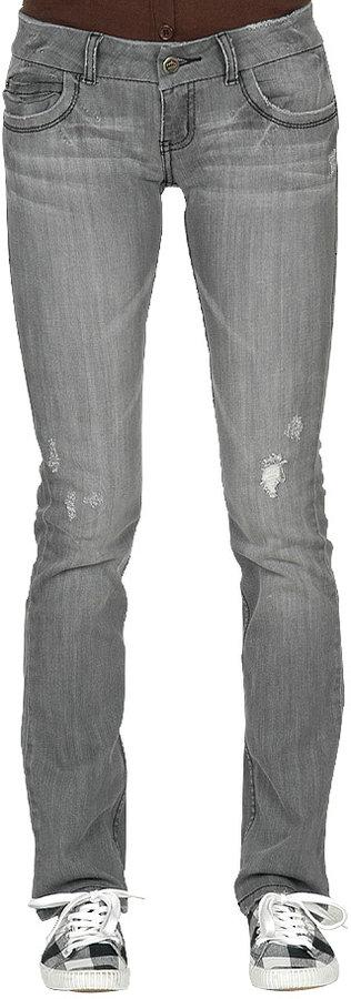H81 Jenna Faded Straight Leg Jean