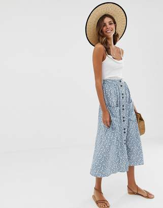 Asos Design DESIGN button front midi skirt with pockets in blue floral print