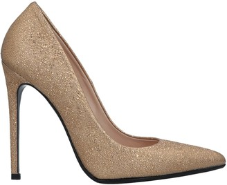 Chantal Pumps - Item 11679763XC