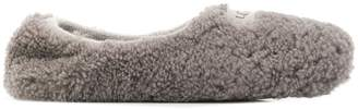 UGG logo-patch fuzzy slippers