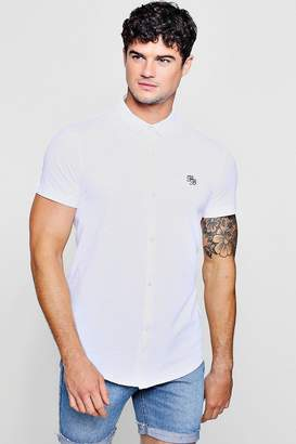 boohoo Short Sleeve Cotton Pique Logo Muscle Fit Shirt