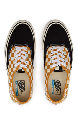 Vans Surf Checkerboard Authentic Sneaker