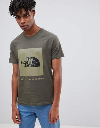 The North Face Raglan Red Box T-Shirt in Green