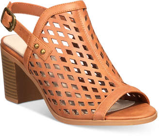 Easy Street Shoes Erin Slingback Sandals Women's Shoes