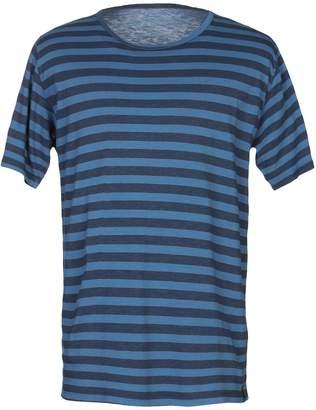 Retois T-shirts