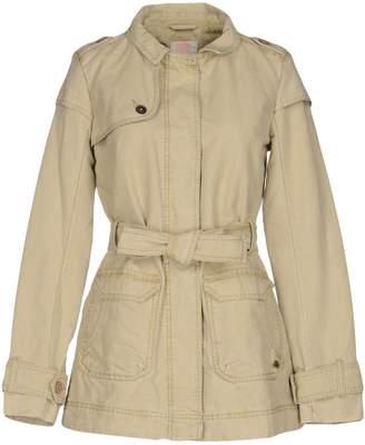 QUIKSILVER Coats $109 thestylecure.com