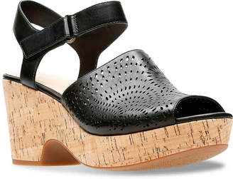 Clarks Marista Nila Platform Sandal - Women's