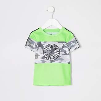 1260edaa River Island Mens Mini boys Neon green camo T-shirt