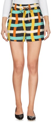 Suoli Shorts - Item 36933793TM