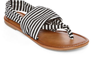 ARIZONA Arizona Ariana Womens Flat Sandals $40 thestylecure.com