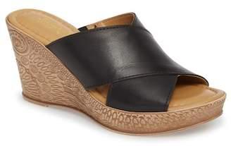 Bella Vita Edi Wedge Sandal (Women)