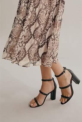 Country Road Pleat Sleeve Midi Dress